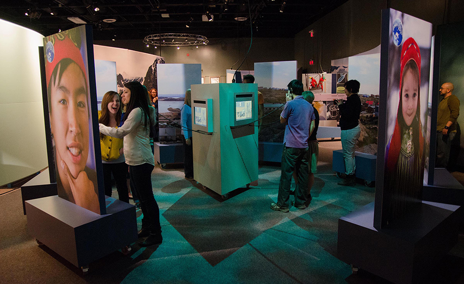 Traveling exhibit for Science North by Main Street Design.